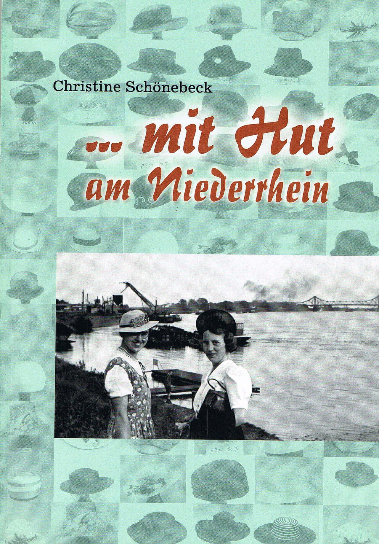Christiane Schönebeck - mit Hut am Niederrhein - Cover