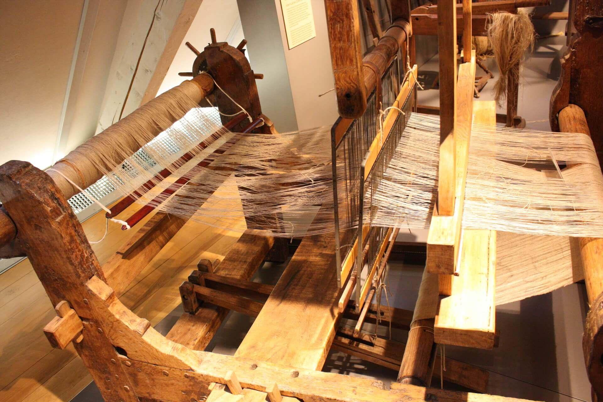 Museum Voswinckelshof Dachgeschoss - Webstuhl - fotografiert von Martin Büttner