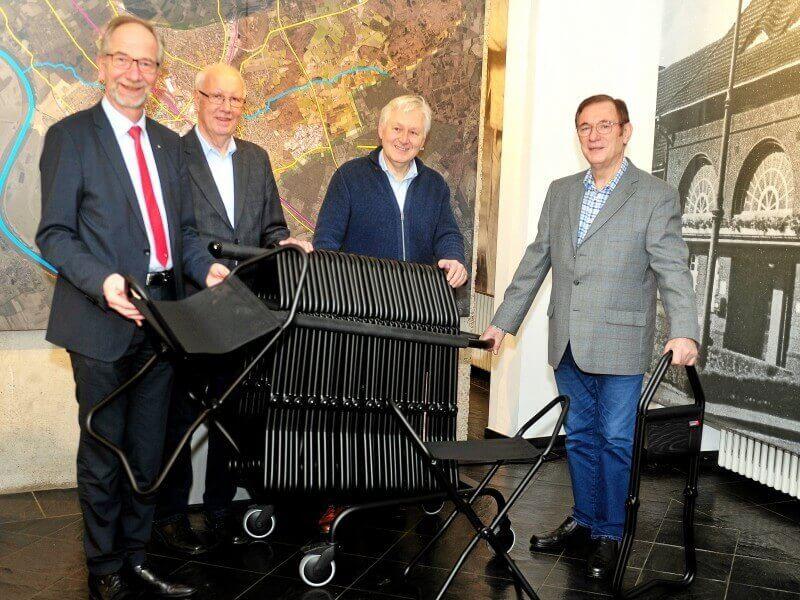 Übergabe der Klapphocker an das Museum Voswinckelshof am 3 Dezember 2019
