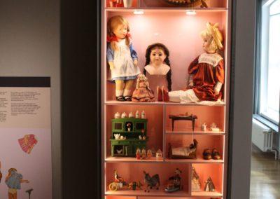 Museum Voswinckelshof - Mädchenspiel - fotografiert von Martin BüttnerJPG